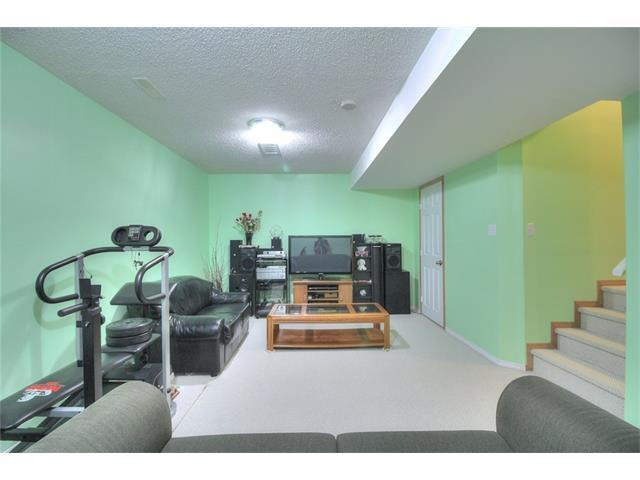 Photo 23: Photos: 824 EVERRIDGE Drive SW in Calgary: Evergreen House for sale : MLS®# C4048320