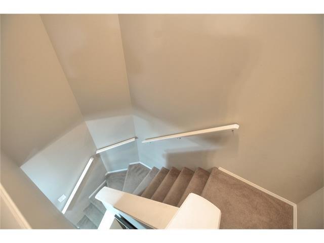 Photo 15: Photos: 824 EVERRIDGE Drive SW in Calgary: Evergreen House for sale : MLS®# C4048320
