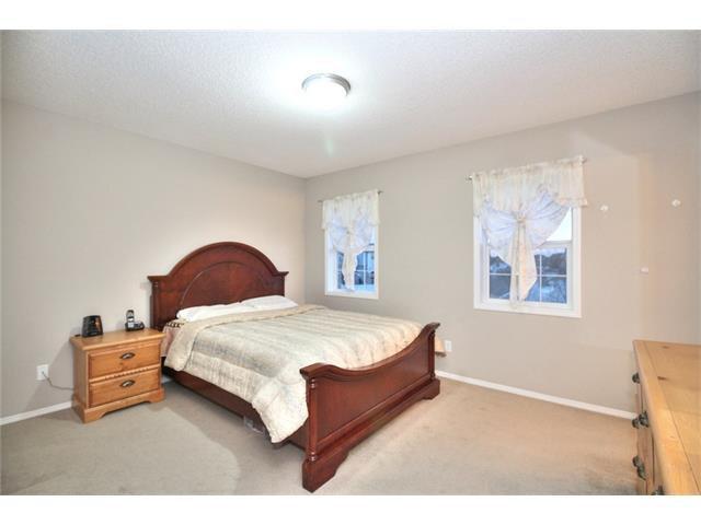 Photo 16: Photos: 824 EVERRIDGE Drive SW in Calgary: Evergreen House for sale : MLS®# C4048320
