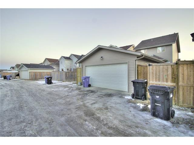 Photo 30: Photos: 824 EVERRIDGE Drive SW in Calgary: Evergreen House for sale : MLS®# C4048320