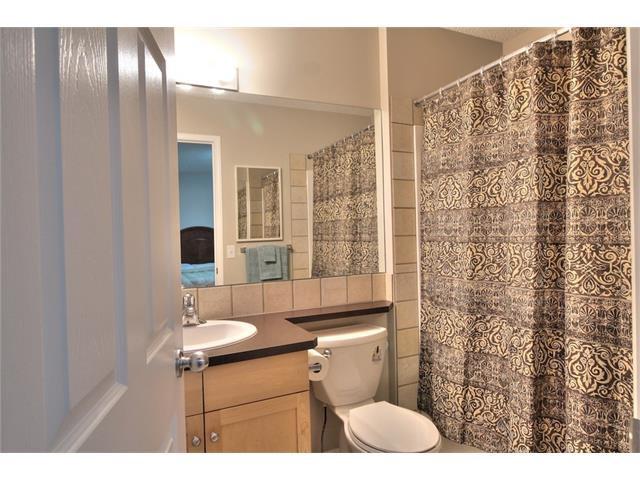 Photo 18: Photos: 824 EVERRIDGE Drive SW in Calgary: Evergreen House for sale : MLS®# C4048320