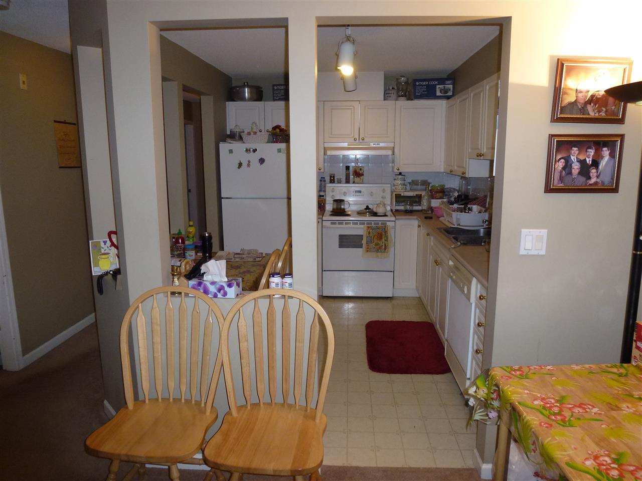 "Photo 8: Photos: 323 2678 DIXON Street in Port Coquitlam: Central Pt Coquitlam Condo for sale in ""SPRINGDALE"" : MLS®# R2041724"