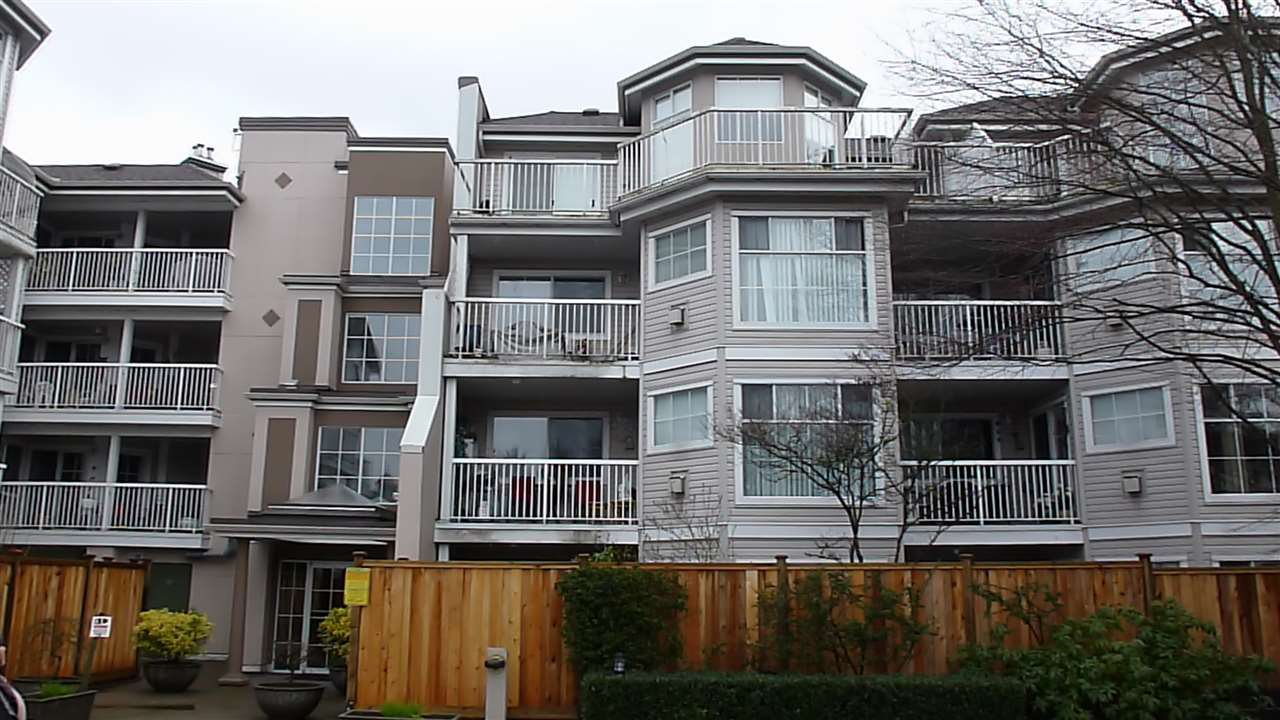 "Photo 2: Photos: 323 2678 DIXON Street in Port Coquitlam: Central Pt Coquitlam Condo for sale in ""SPRINGDALE"" : MLS®# R2041724"