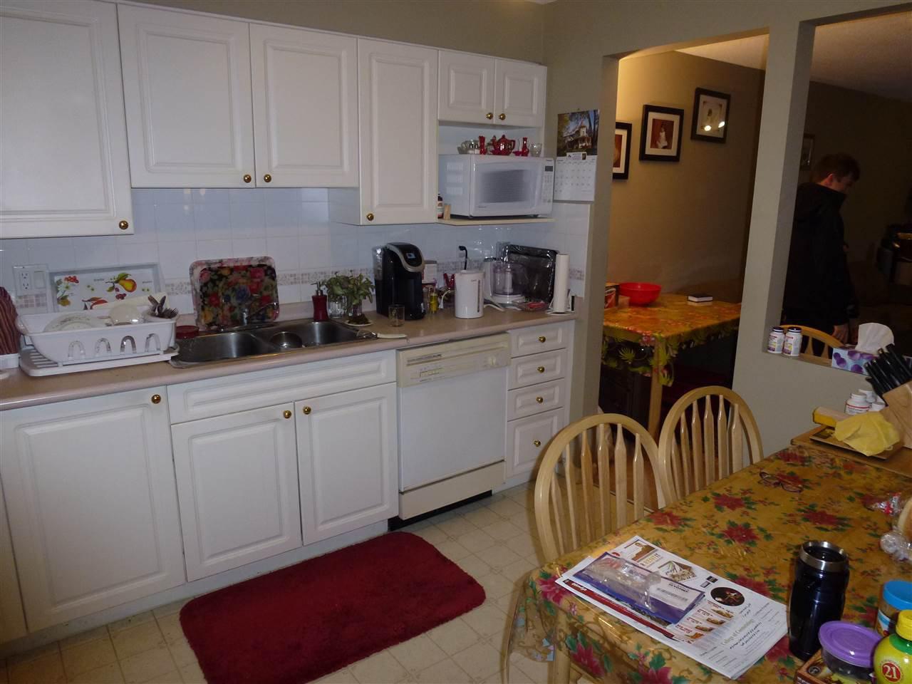 "Photo 7: Photos: 323 2678 DIXON Street in Port Coquitlam: Central Pt Coquitlam Condo for sale in ""SPRINGDALE"" : MLS®# R2041724"
