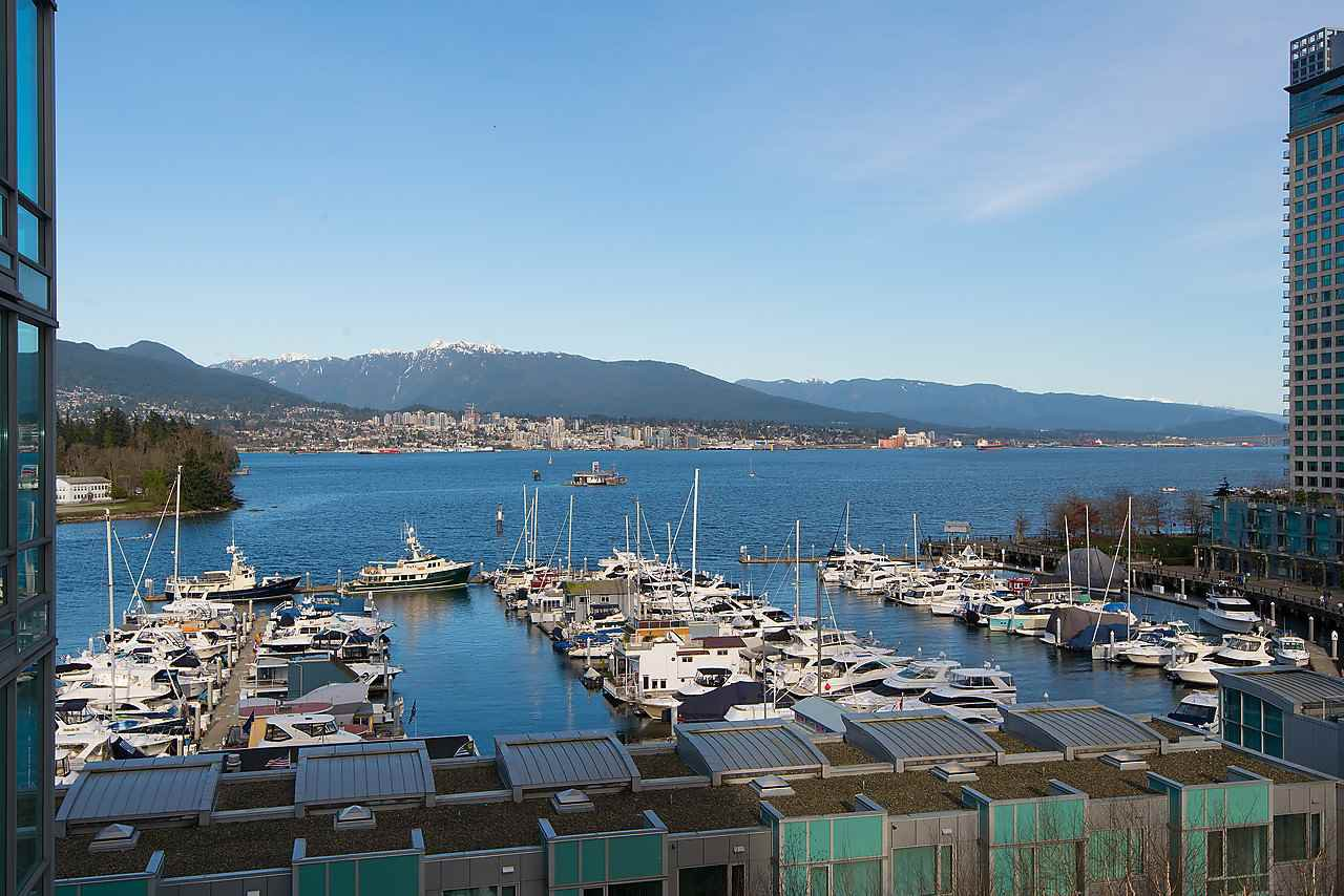 "Photo 1: Photos: 803 590 NICOLA Street in Vancouver: Coal Harbour Condo for sale in ""CASCINA"" (Vancouver West)  : MLS®# R2045601"