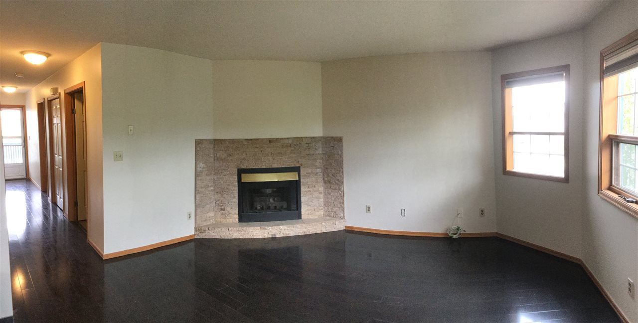 Photo 3: Photos: 207 106 MCDERMID Drive in Prince George: Highland Park Condo for sale (PG City West (Zone 71))  : MLS®# R2072029