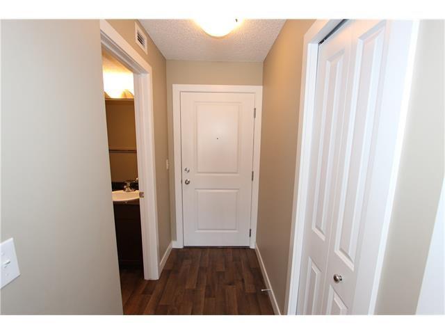 Photo 4: Photos: 1208 625 GLENBOW Drive: Cochrane Condo for sale : MLS®# C4071555