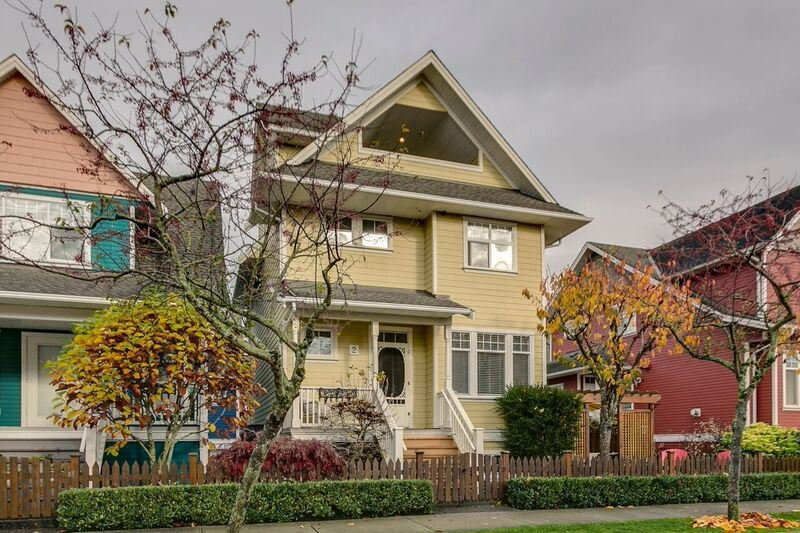 "Main Photo: 2 6333 PRINCESS Lane in Richmond: Steveston South Townhouse for sale in ""LONDON LANDING"" : MLS®# R2122942"