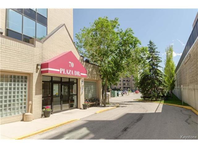 Main Photo: 70 Plaza Drive in Winnipeg: Fort Garry Condominium for sale (1J)  : MLS®# 1701334