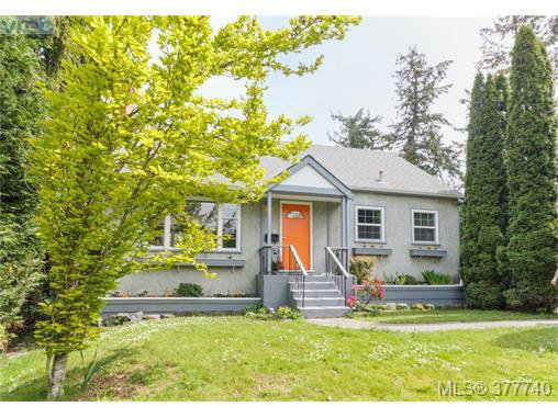 Charming family home in coveted Sunnymead