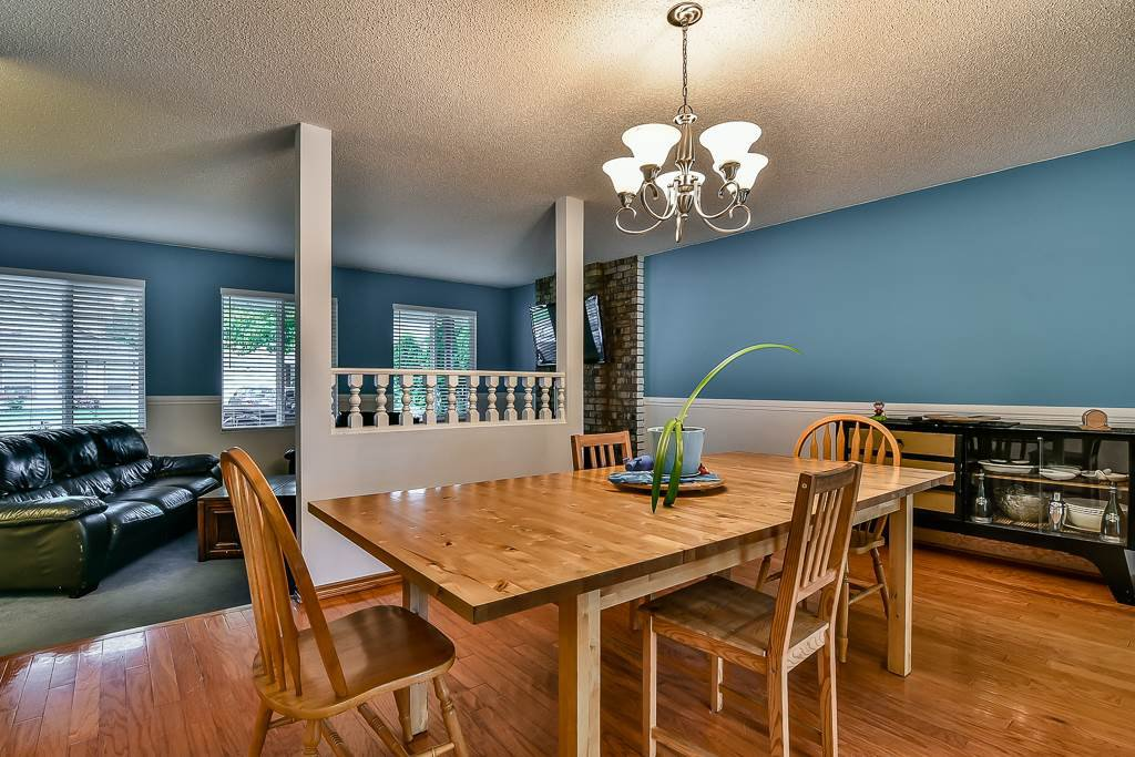 """Photo 8: Photos: 15464 95A Avenue in Surrey: Fleetwood Tynehead House for sale in """"BERKSHIRE PARK"""" : MLS®# R2179665"""