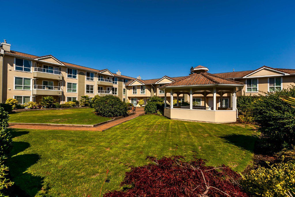 Main Photo: #312 - 15875 Marine Drive: White Rock Condo for sale (South Surrey White Rock)