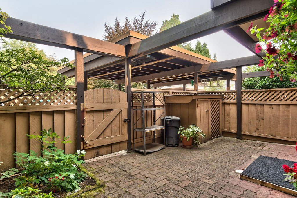 Photo 3: Photos: 52 3046 Coast Meridian Road in Port Coquitlam: Birchland Manor Townhouse for sale : MLS®# R2195163