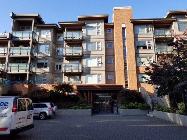 Main Photo: 406 1677 LLOYD Avenue in North Vancouver: Pemberton NV Condo for sale : MLS®# R2219513