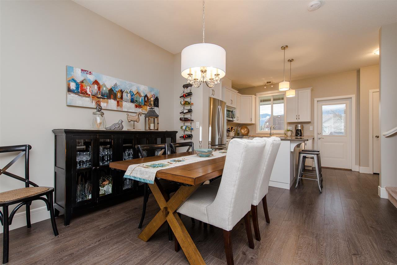 """Photo 6: Photos: 5 1640 MACKAY Crescent: Agassiz Townhouse for sale in """"The Langtry"""" : MLS®# R2233070"""