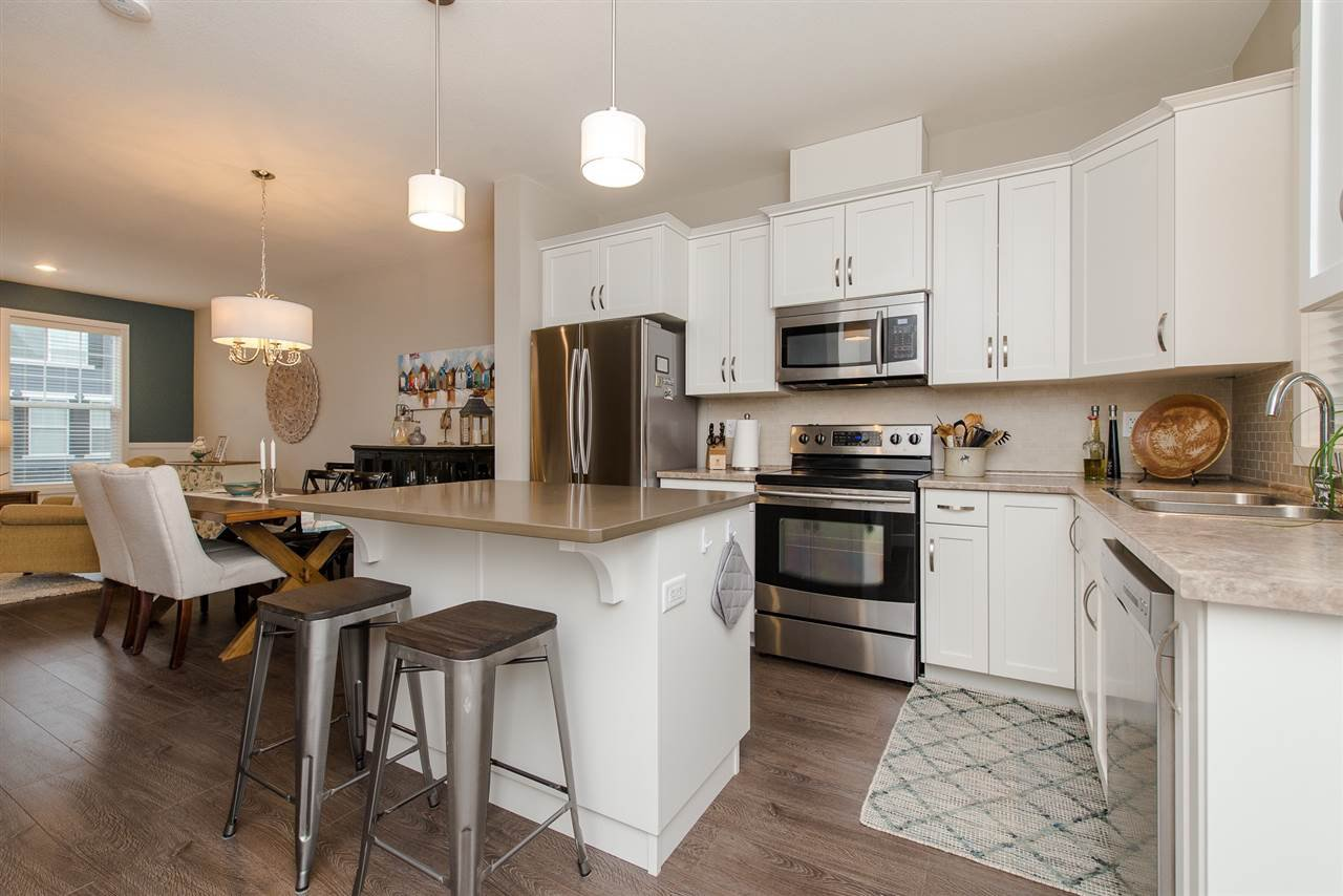 """Photo 3: Photos: 5 1640 MACKAY Crescent: Agassiz Townhouse for sale in """"The Langtry"""" : MLS®# R2233070"""