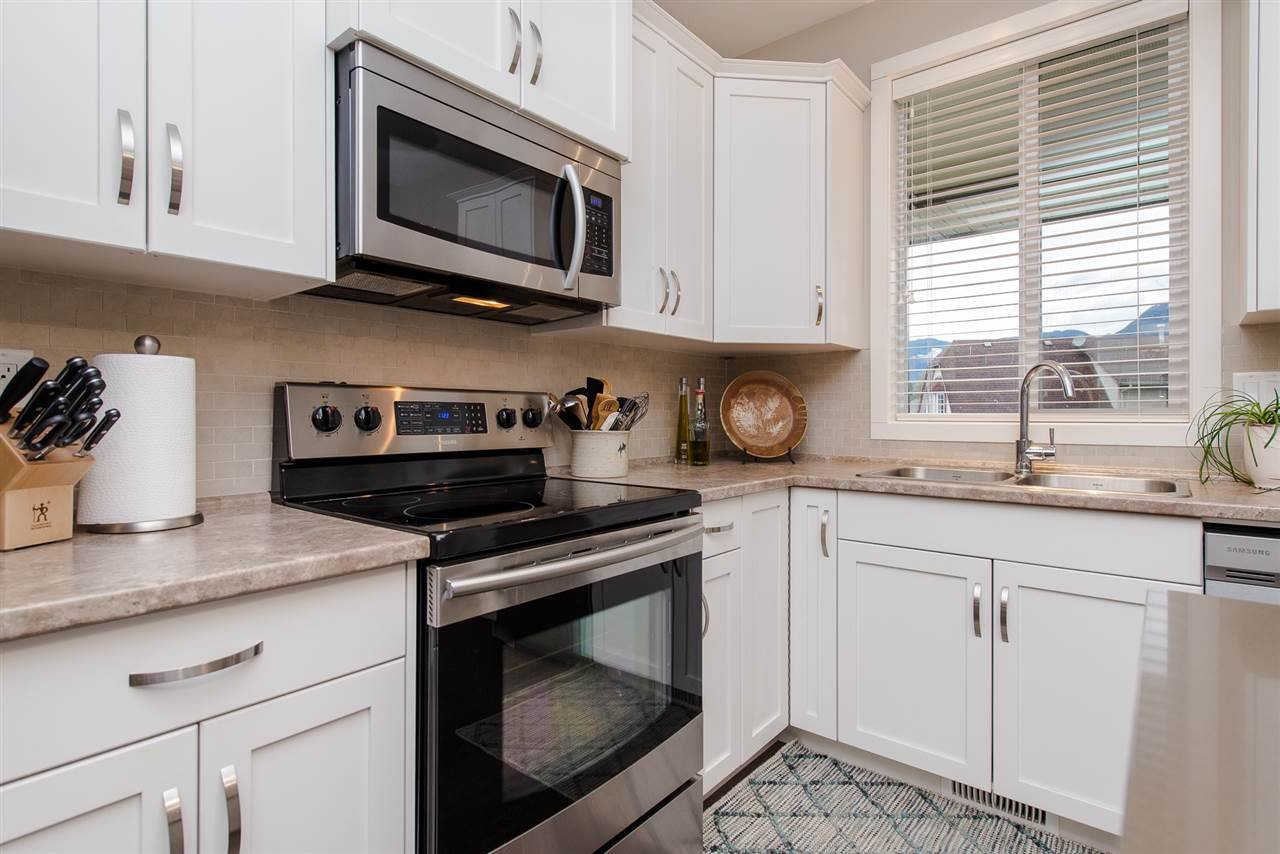 """Photo 5: Photos: 5 1640 MACKAY Crescent: Agassiz Townhouse for sale in """"The Langtry"""" : MLS®# R2233070"""