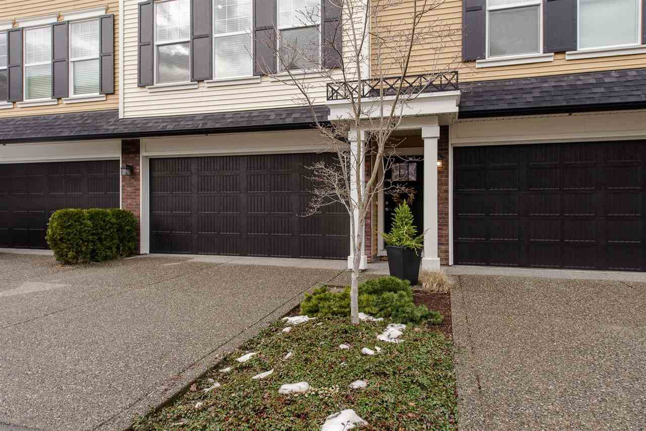 """Photo 2: Photos: 5 1640 MACKAY Crescent: Agassiz Townhouse for sale in """"The Langtry"""" : MLS®# R2233070"""