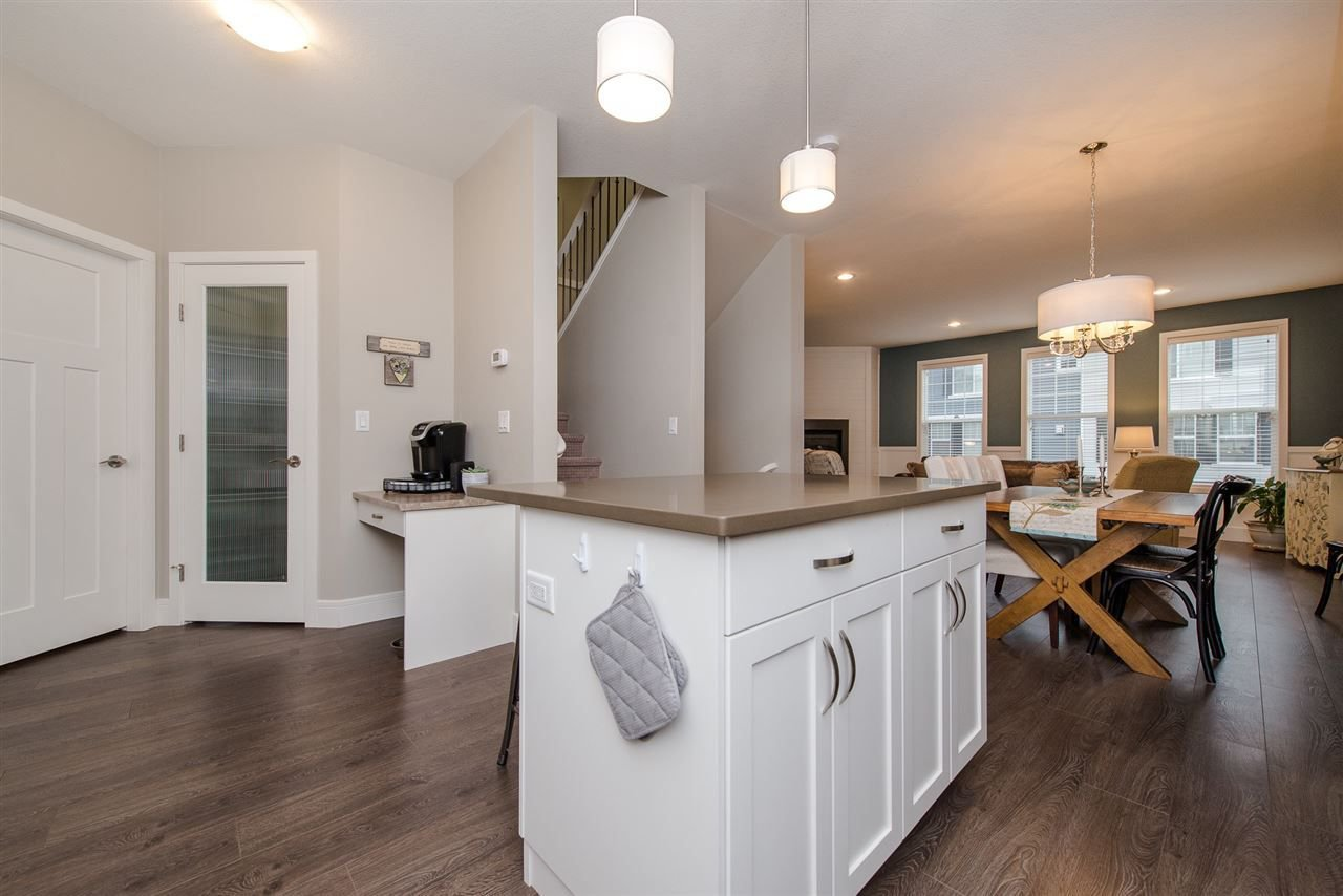 """Photo 9: Photos: 5 1640 MACKAY Crescent: Agassiz Townhouse for sale in """"The Langtry"""" : MLS®# R2233070"""
