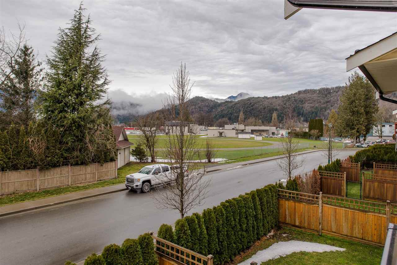 """Photo 18: Photos: 5 1640 MACKAY Crescent: Agassiz Townhouse for sale in """"The Langtry"""" : MLS®# R2233070"""