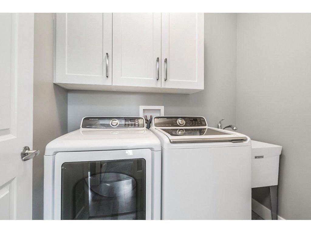 "Photo 12: Photos: 20656 MAPLE Crescent in Maple Ridge: Southwest Maple Ridge House for sale in ""Riverside Estates"" : MLS®# R2243756"