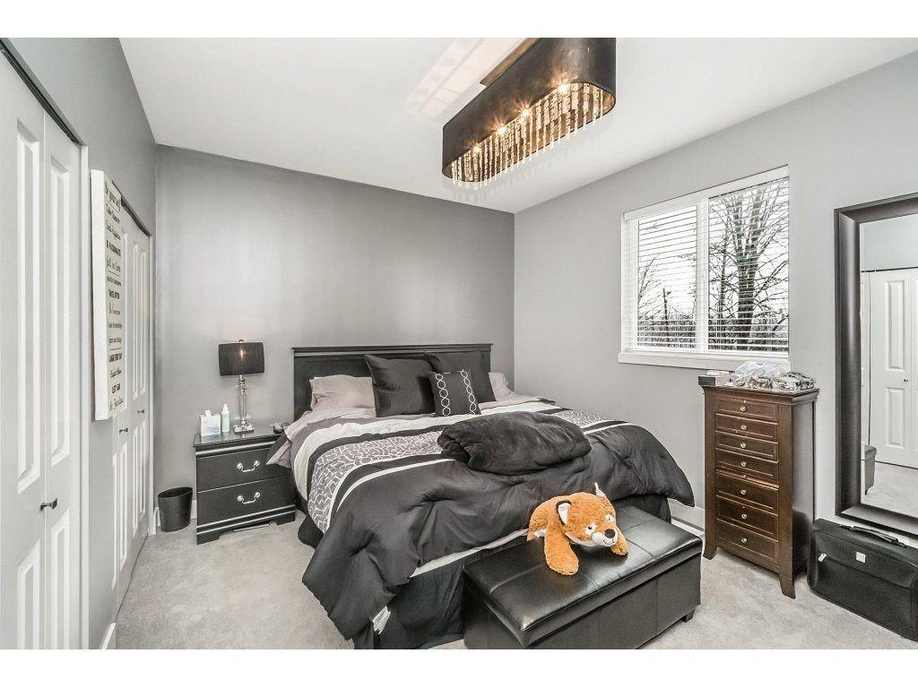 "Photo 15: Photos: 20656 MAPLE Crescent in Maple Ridge: Southwest Maple Ridge House for sale in ""Riverside Estates"" : MLS®# R2243756"