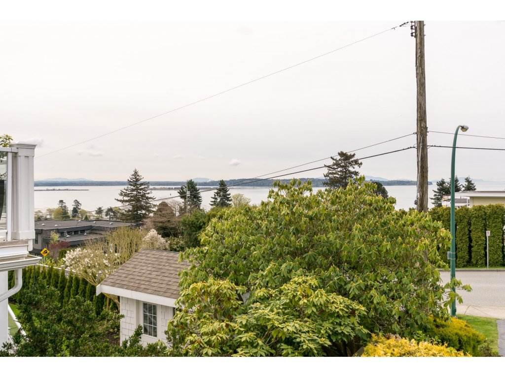 Photo 11: Photos: 15511 PACIFIC Avenue: White Rock House for sale (South Surrey White Rock)  : MLS®# R2257101