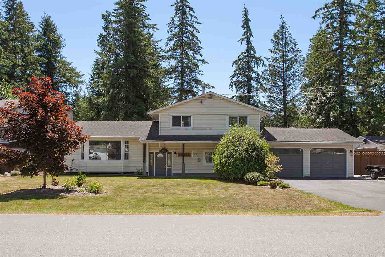 "Main Photo: 19944 36A Avenue in Langley: Brookswood Langley House for sale in ""Brookswood"" : MLS®# R2283997"