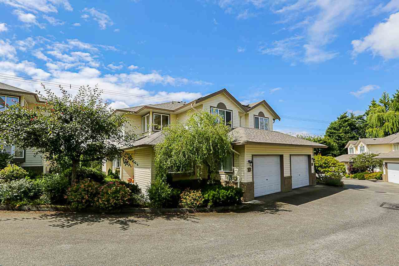 """Main Photo: 10 3222 IMMEL Street in Abbotsford: Abbotsford East Townhouse for sale in """"Willow Ridge"""" : MLS®# R2284672"""