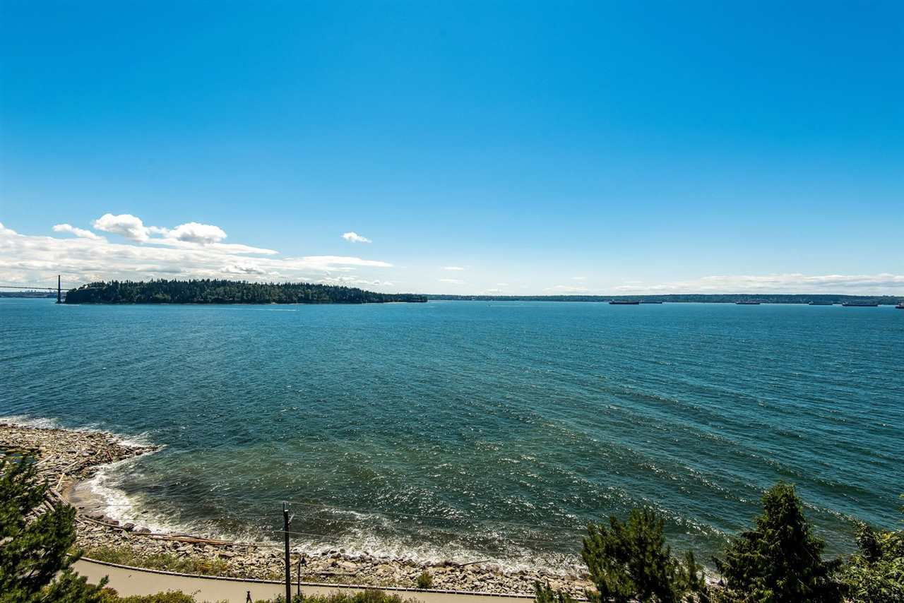 "Main Photo: 602 1972 BELLEVUE Avenue in West Vancouver: Ambleside Condo for sale in ""Waterford House"" : MLS®# R2290755"