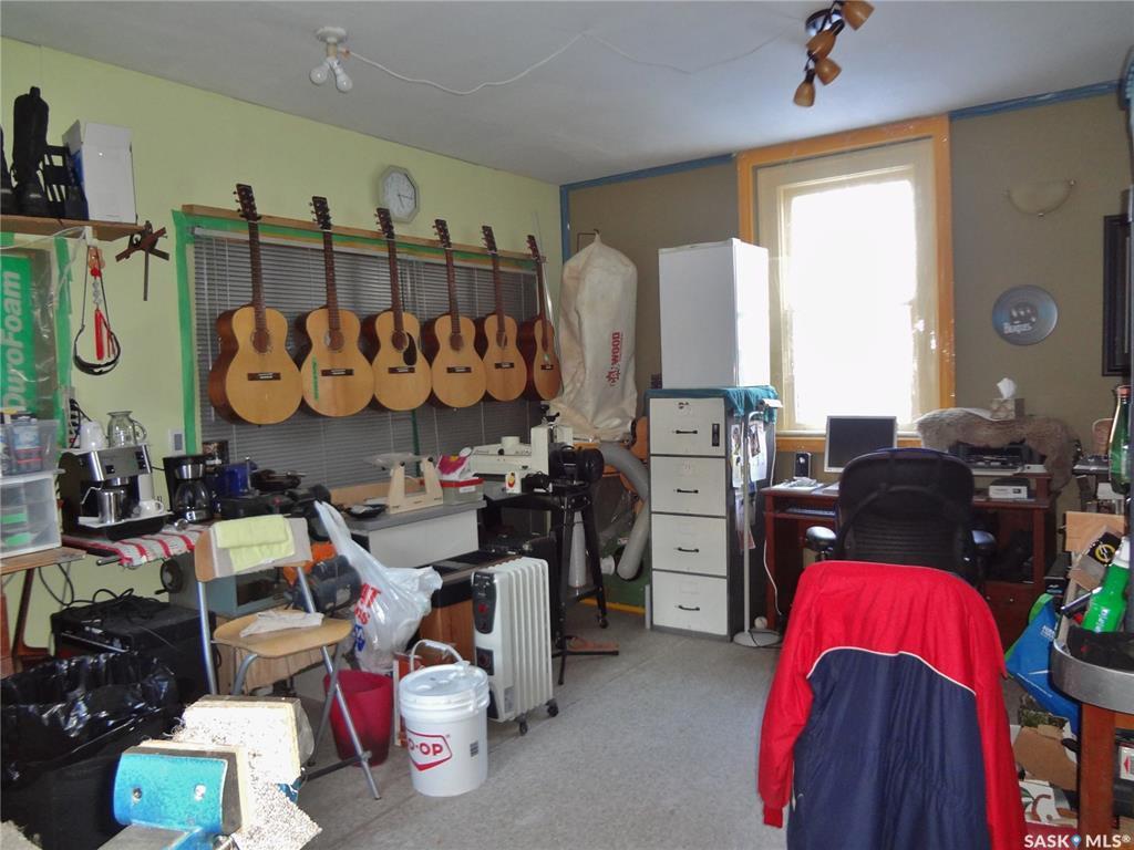 Photo 43: Photos: 905 TEMPERANCE Street in Saskatoon: Nutana Residential for sale : MLS®# SK760349
