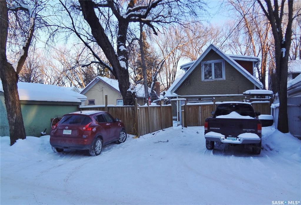 Photo 50: Photos: 905 TEMPERANCE Street in Saskatoon: Nutana Residential for sale : MLS®# SK760349