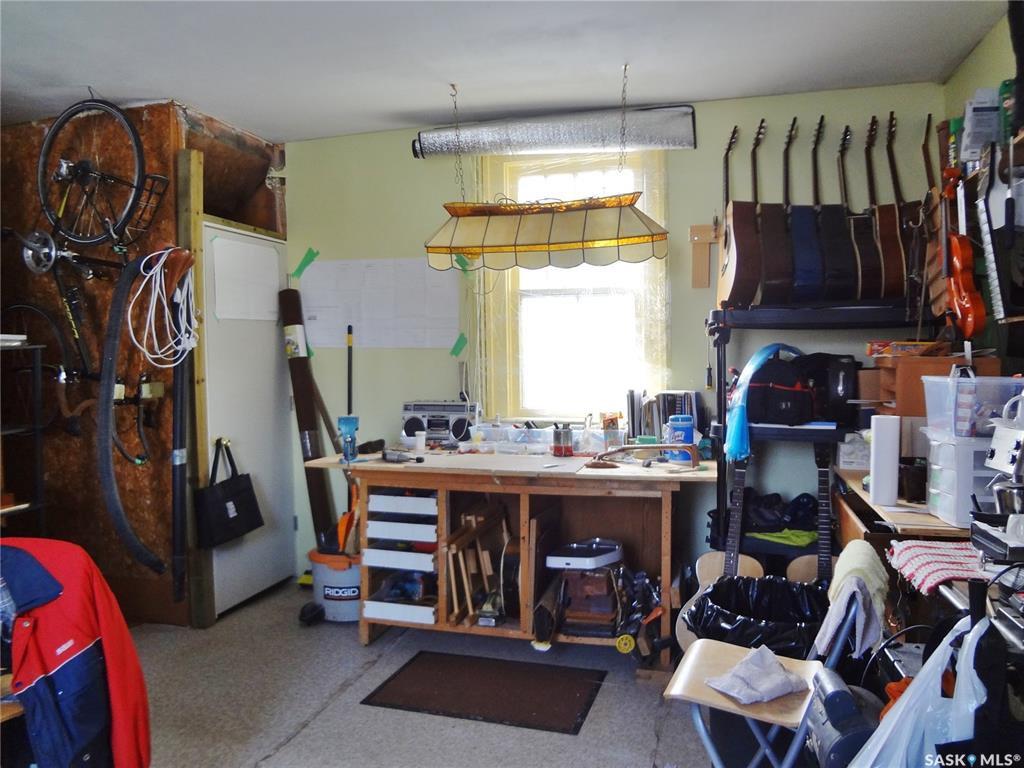 Photo 44: Photos: 905 TEMPERANCE Street in Saskatoon: Nutana Residential for sale : MLS®# SK760349