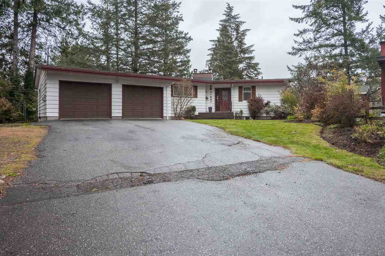 Main Photo: 31867 CARLSRUE Avenue in Abbotsford: Abbotsford West House for sale : MLS®# R2373438