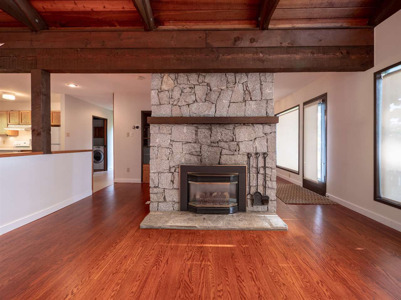 Photo 12: Photos: 877 GOWER POINT Road in Gibsons: Gibsons & Area House for sale (Sunshine Coast)  : MLS®# R2419918