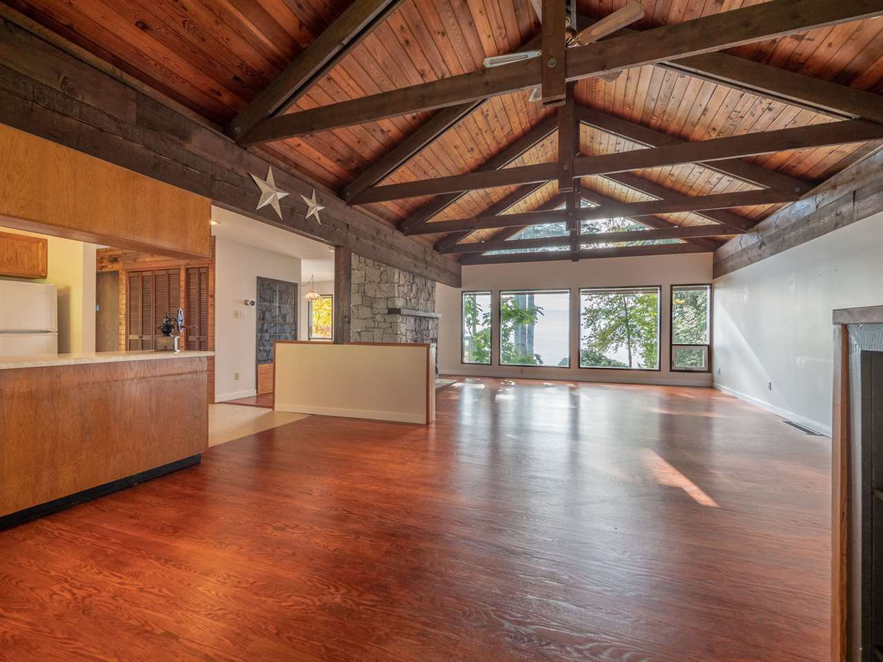 Photo 9: Photos: 877 GOWER POINT Road in Gibsons: Gibsons & Area House for sale (Sunshine Coast)  : MLS®# R2419918