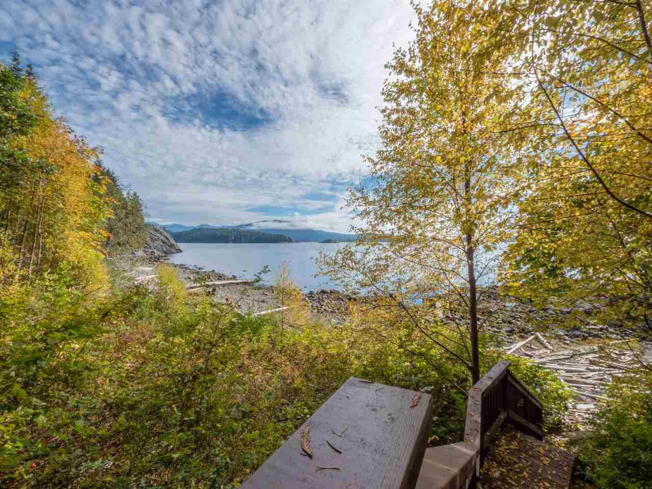 Photo 18: Photos: 877 GOWER POINT Road in Gibsons: Gibsons & Area House for sale (Sunshine Coast)  : MLS®# R2419918