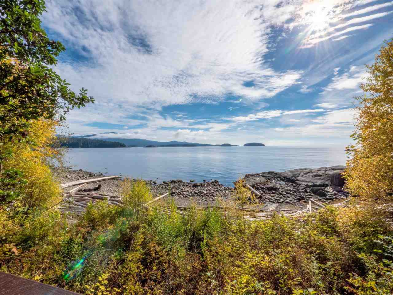 Photo 8: Photos: 877 GOWER POINT Road in Gibsons: Gibsons & Area House for sale (Sunshine Coast)  : MLS®# R2419918