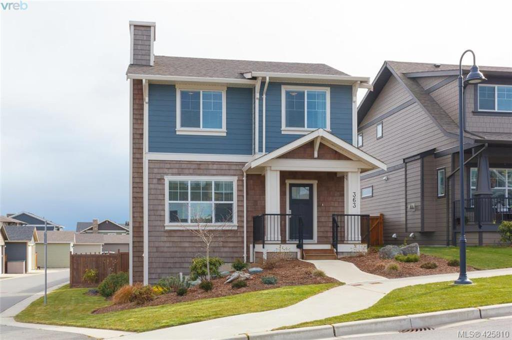 Main Photo: 363 Kestrel Street in : Co Royal Bay Single Family Detached for sale (Colwood)  : MLS®# 425810