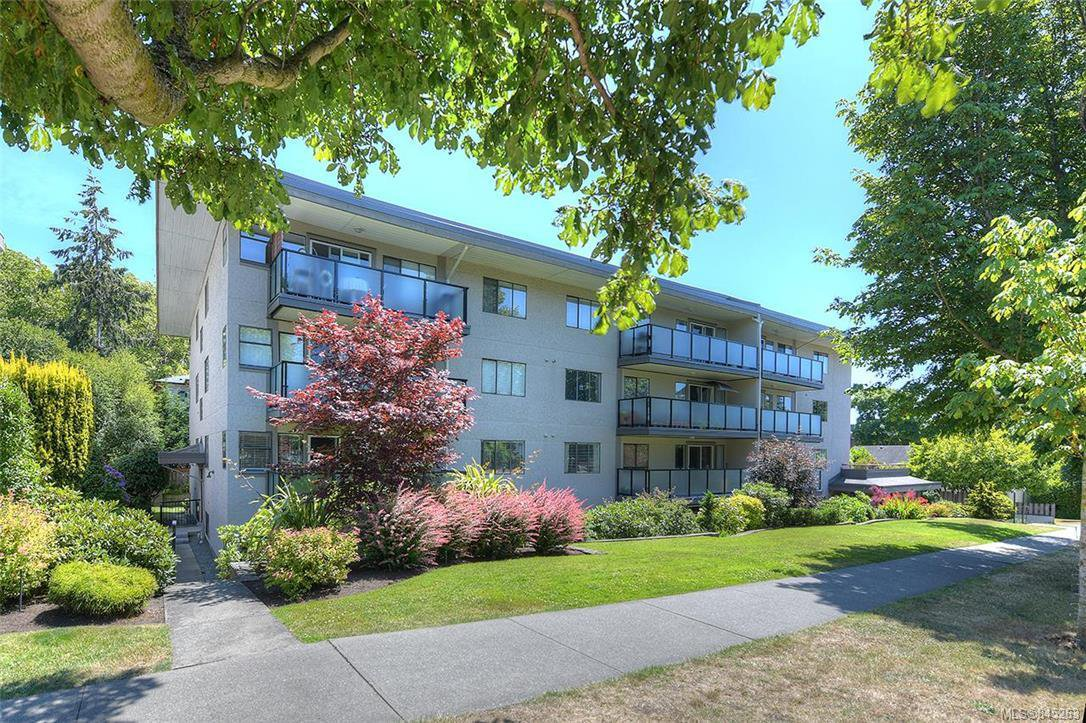 Main Photo: 407 439 Cook St in Victoria: Vi Fairfield West Condo for sale : MLS®# 845263