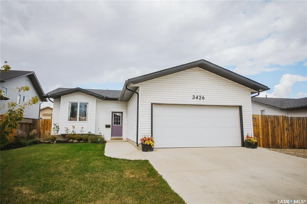Main Photo: 3426 37th Street West in Saskatoon: Hampton Village Residential for sale : MLS®# SK826460