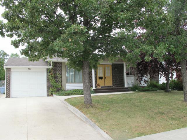 Main Photo:  in WINNIPEG: Charleswood Residential for sale (South Winnipeg)  : MLS®# 1117076