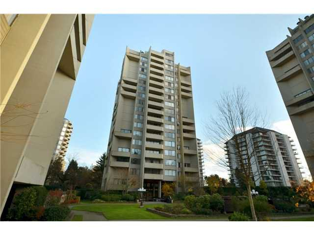 "Main Photo: 1110 4300 MAYBERRY Street in Burnaby: Metrotown Condo for sale in ""TIMES SQUARE"" (Burnaby South)  : MLS®# V921816"