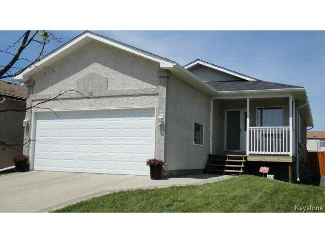 Main Photo: 15 Paul Martin Drive in WINNIPEG: Transcona Residential for sale (North East Winnipeg)  : MLS®# 1414361
