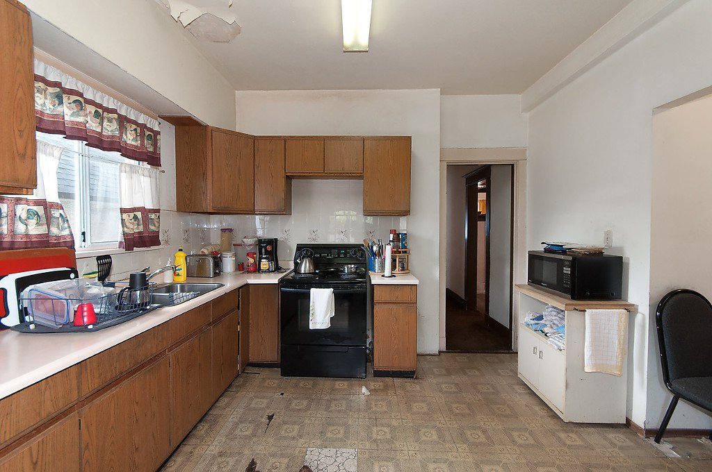 """Photo 9: Photos: 1322 MAPLE Street in Vancouver: Kitsilano House for sale in """"Kits Point"""" (Vancouver West)  : MLS®# R2011995"""
