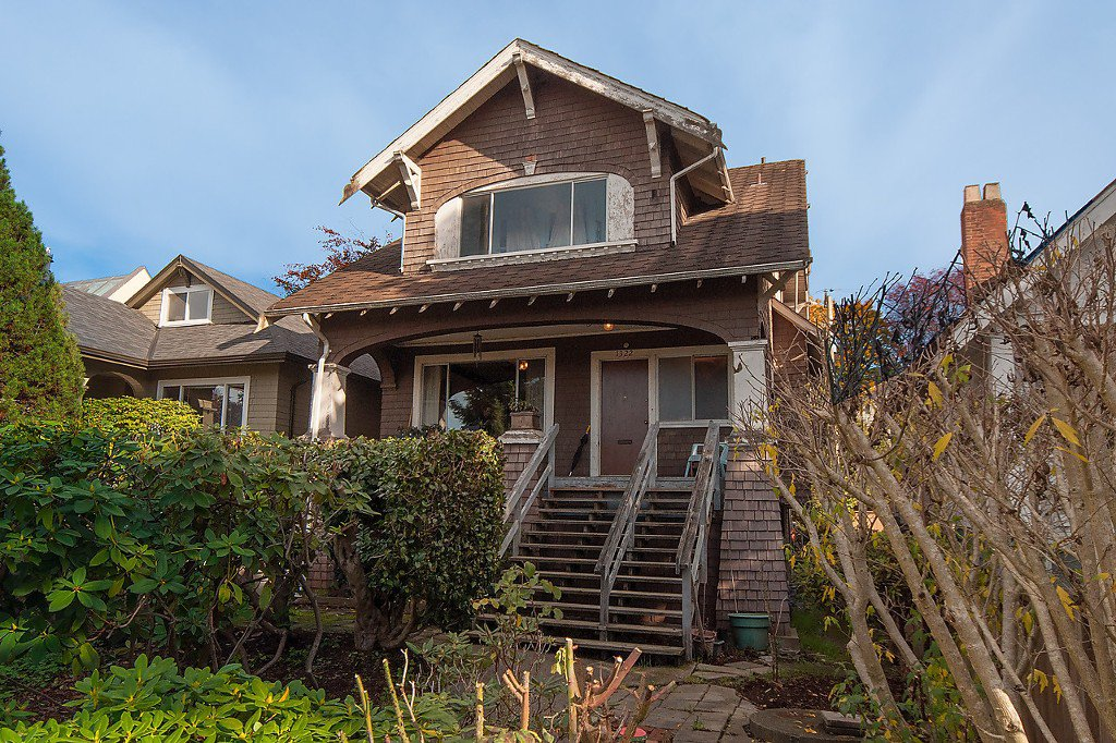 """Photo 2: Photos: 1322 MAPLE Street in Vancouver: Kitsilano House for sale in """"Kits Point"""" (Vancouver West)  : MLS®# R2011995"""