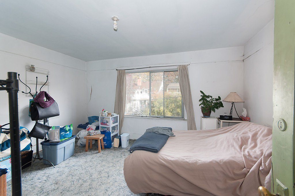"""Photo 15: Photos: 1322 MAPLE Street in Vancouver: Kitsilano House for sale in """"Kits Point"""" (Vancouver West)  : MLS®# R2011995"""