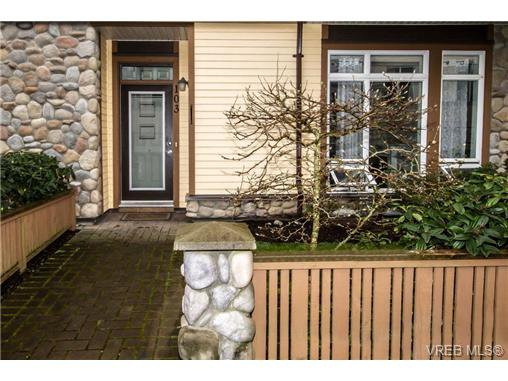 Your own private entrance with front yard.
