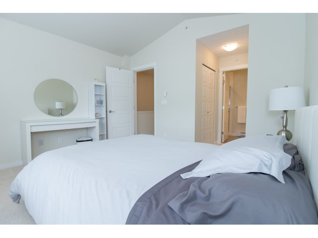 Photo 11: Photos: 28 20966 77A Avenue in Langley: Willoughby Heights Townhouse for sale : MLS®# R2053842