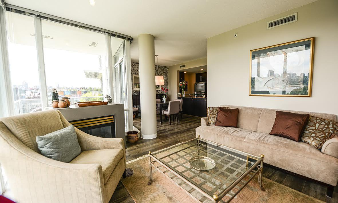 """Photo 5: Photos: 807 633 KINGHORNE Mews in Vancouver: Yaletown Condo for sale in """"Icon II"""" (Vancouver West)  : MLS®# R2083458"""